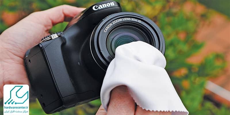 تمیز کردن لنز دوربین کانن